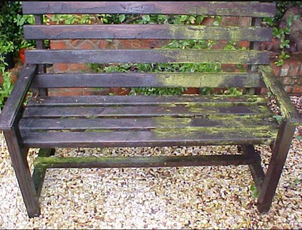Di-ard Algae Treatment Wooden Bench
